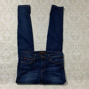 Joe's Mid Rise skinny jeans size 28